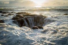 Thor's Well, Cape Perpetua, OR [OC] [5763x3832] : EarthPorn