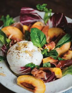 Make the most of summer's fresh fruits and vegetables with this new cookbook - The Globe and Mail Gourmet Salad, Baked Peach, Rabbit Food, New Cookbooks, Fresh Fruits And Vegetables, Prosciutto, Creative Food, Wine Recipes, Smoothie Recipes