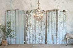 vintage wedding - old barn doors...