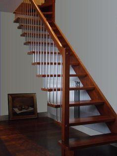 Piso y escalera de madera pumaquiro wood flooring for Contrahuella escalera