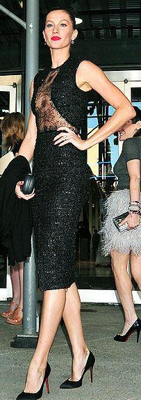 elegant Gisele in black.