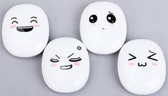 2000mAh Joyous Face Pattern Mobile External Power Battery Charger for Various Cell Phones and Digital Devices