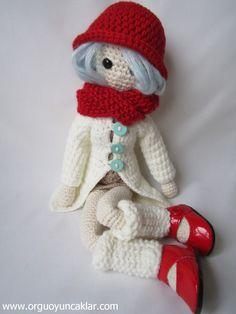 Amigurumi Winter Doll Patrón en inglés de venta en etsy 10€