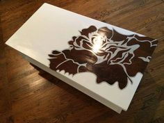 s your quick catalog of gorgeous coffee table makeover ideas, painted furniture, This stenciled one with a dark rose Old Coffee Tables, Painted Coffee Tables, Coffee Table Makeover, Epoxy Resin Table, Furniture Makeover, Diy Furniture, Furniture Repair, Unique Furniture, Wood Patterns