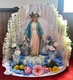 My Lady Beautiful Catholic Altar, Catholic Crafts, Roman Catholic, Church Flower Arrangements, Floral Arrangements, Church Altar Decorations, Madonna, I Love You Mother, Teachers Day Card