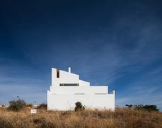 House in Mexilhoeira-Grande by Marco Arraiolos - Photos by Joao Morgado.