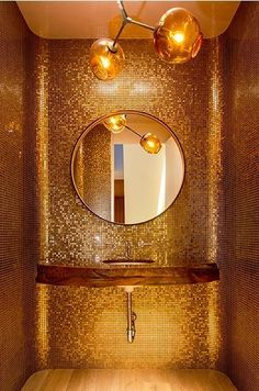 Find the best ideas and inspiration for gold luxury bathroom interior design and decoration at Maison Valentina. And while you're at it, find the most exquisite bathroom furniture there as well! Modern Luxury Bathroom, Bathroom Design Luxury, Luxury Bathrooms, Modern Interior, Bad Inspiration, Bathroom Inspiration, Bathroom Ideas, Bathroom Designs, Budget Bathroom