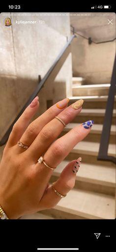 Cute Nail Polish, Cute Nails, Pretty Nails, Teal Acrylic Nails, Summer Acrylic Nails, Uñas Kylie Jenner, Kardashian Nails, Kylie Nails, Celebrity Nails