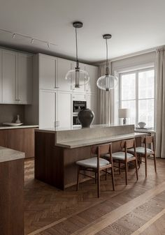 Scandinavian Feng Shui by Nordic Kitchen - TDC: Scandinavian Feng Shui by Nordic Kitchen - Nordic Kitchen, Home Decor Kitchen, Home Kitchens, Kitchen Dining, Kitchen Island, Kitchen Ideas, Island Table, Kitchen Floors, Kitchen Rustic