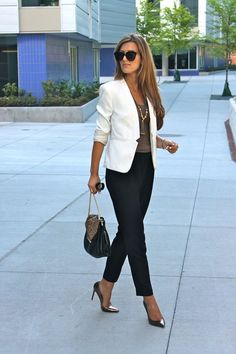 40 business outfits for women - Business Travel Outfits for - - Summer Work Outfits Summer Work Outfits, Casual Work Outfits, Mode Outfits, Work Casual, Fashion Outfits, Casual Blazer, Office Outfits, Office Wear, Winter Outfits