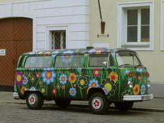 le combi VW à fleurs