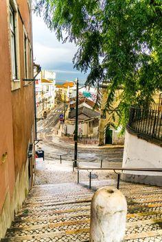 #lisbonne #portugal #voyage #citytrip Photo Portugal, Spain And Portugal, Road Trip Portugal, Portugal Travel, Algarve, Around The World In 80 Days, Around The Worlds, Indie, Voyage Europe