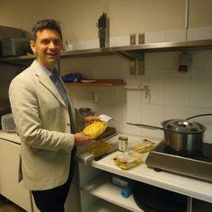 Marco, an Italian pasta maker, cook for estonian buyers