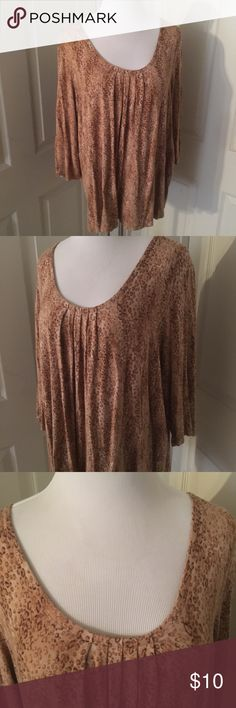 """Plus JH Collectibles Woman Leopard Print Top 2X Rayon & spandex blend leopard print top with pleat detail scoop neckline. Half sleeves, brown & tan print. Machine washable. Plus size 2X. Measures 17.5 shoulder to shoulder, 25.5"""" armpit to armpit, 26"""" across the middle, 25"""" long and 18"""" sleeves.  Smoke-free home --- same/next day shipping!  Proceeds go towards help spay/neuter/care of a small colony of community (feral) cats we love. jh collectibles Tops"""