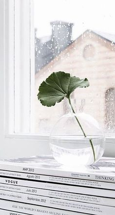 Via NordicDays.nl | Sara Medina Lind | White | Serax | Glass