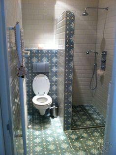 Cementtiles bathroom - Gris 06 - Project van Designtegels.nl