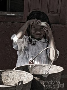 """Pic from the collection """"A Look From Elsewhere""""  © Stéphane Clément, (yapasphoto.fr) - Discover all the photos here = www.stephaneclementphotograph.com - #travel, #kid, #routard, #photography, #photographie, #globe trotter, #voyage, #aventure, #people, #portrait"""