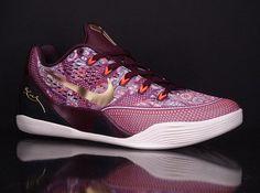 Nike Kobe 9 EM Color: Villain Red/Metallic Gold-Bright Crimson Release Date: January 3, 2015 Price: $160