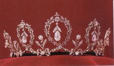 Connaught Diamond Tiara - 1905 - King Edward VII's wedding present to his niece Princess Margaret Connaught who married Crown Prince Gustof Adolf of Sweden - worn by Swedish royal family
