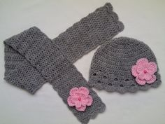 Colourful Crochet Baby Hat and Scarf Set for your little one. Made with a Luxury soft high quality acrylic yarn, decorated with crochet flowers and pearls. Crochet Bow Pattern, Crochet Basket Tutorial, Crochet Bows, Crochet Kids Hats, Crochet Baby Booties, Cute Crochet, Crochet Scarves, Knitted Hats, Crochet Patterns