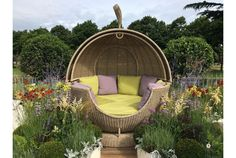 When the weather is fine, spending time relaxing in your garden can bring a wonderful sense of tranquillity to your day. So, if the weather permits, why not lazily lounge in luxury with the Sega Weave Apple DayBed from The Garden Furniture Centre. Rattan Garden Furniture, Outdoor Furniture, Outdoor Decor, Furniture Decor, Garden Day Bed, Vanity Makeup Rooms, Outdoor Daybed, Cost Of Goods, Contract Furniture
