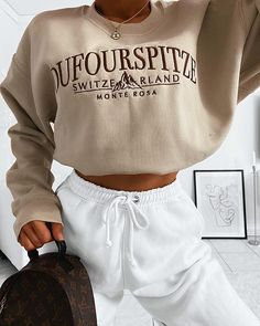 Angelina zehmisch on wearing girlknowsall advertising fall outfits the definite guide to fall outfits vol 1 108 Cute Lazy Outfits, Teenage Outfits, Chill Outfits, Sporty Outfits, Swag Outfits, Mode Outfits, Retro Outfits, Stylish Outfits, Summer Outfits