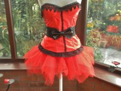 Hen night Halloween steampunk burlesque victorian corset goth day of the dead zombie net tutu skirt can be worn separate to the corset
