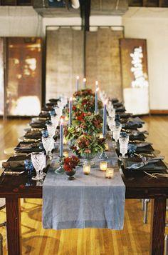 gray-blue setting table | mise-en-place grigioblu | Grigio blu, rosso e carciofi http://theproposalwedding.blogspot.it/