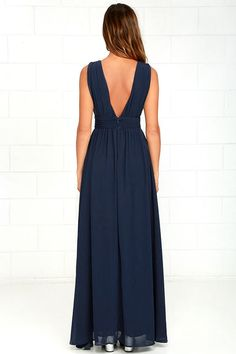 You'll be goddess-like for the entire evening in the Heavenly Hues Navy Blue Maxi Dress! Georgette fabric drapes alongside a V-neck and back, and lays across a banded waist. Full maxi skirt has a sexy side slit. Hidden back zipper with clasp. Cute Prom Dresses, Blue Bridesmaid Dresses, Blue Dresses, Cocktail Dresses With Sleeves, V Neck Cocktail Dress, Blue Maxi, Blue Gown, Formal Evening Dresses, Beautiful Dresses