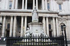 londres-rainha-anne-estatua-saint-paul-the-one