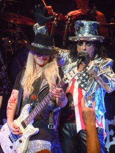 Orianthi and Alice Cooper