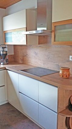 Küchen, Küchenarbeitsplatte, Dunstabzugshaube, Kochfeld, Kochen,  Schreinerqualität, Handwerk, Schreinerei Innenausbau