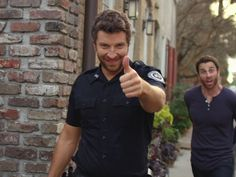 cool Brett Eldredge Premieres 'Drunk on Your Love' Video - and Jokes Arresting His ...