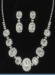 Vintage Style Silvertone Necklace Set Accented with Clear Rhinestones