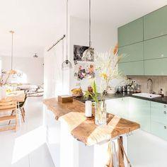 Trendy House Goals Kitchen Dream Homes Home Decor Kitchen, Rustic Kitchen, Kitchen Interior, Interior Design Living Room, Home Kitchens, Kitchen Dining, Interior Stairs, Piece A Vivre, Küchen Design