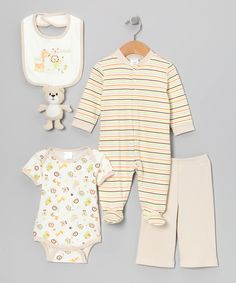 Tan Giraffe 5-Piece Layette Set