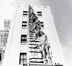 Pin-up models at the MiamiFireCollege, photo byBunny Yeager, 1955