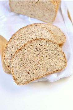 THE BEST KETO BREAD LOAF NO EGGS, Low Carb with coconut flour, almond meal, psyllium husk and flaxmeal. A delicious easy keto sandwich bread with only g net carb per slice to fix your sandwich craving with no guilt! Eggs Low Carb, Low Carb Flour, Low Carb Bread, Peanut Butter Bread, Coconut Flour Bread, Almond Recipes, Bread Recipes, Baking Recipes, Low Carb Recipes