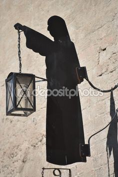 Nun's silhouette, Vadstena — Stock Image #113250264