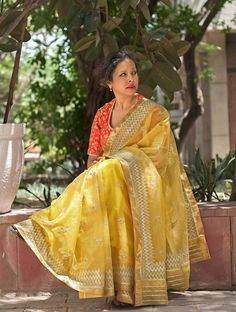 Yellow Handwoven Sequined Kota Tissue Saree with Real Zari by Vidhi Singhania .Yellow Handwoven Sequined Kota Tissue Saree with Real Zari Save Rs. Indian Bridal Lehenga, Indian Bridal Wear, Indian Beauty Saree, Indian Sarees, Indian Wear, Kota Silk Saree, Kota Sarees, Beautiful Saree, Beautiful Outfits
