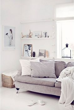 Wall shelving For Living Room