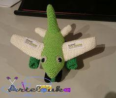 Artelouka artesanato: Avião em crochet - Refª 1005