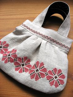 Cross stitch over a diy handbag Cross Stitch Boarders, Cross Stitch Alphabet, Cross Stitch Designs, Cross Stitch Patterns, Folk Embroidery, Cross Stitch Embroidery, Diy Handbag, Cross Stitch Needles, Jute Bags