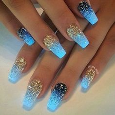 Finding the Best Nail Designs has never been easier than with Best Nail Art. We have found 53 very great nail designs that are the definition of nail art. These designs will certainly inspire you and motivate you to get your nail tech on and provide yourself with similar lovely nails. #nailart