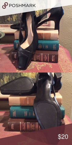 💗Price Drop💕Black Dress Shoes Pre-loved black dress shoes.  Very good condition! Shoes Heels