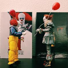 Scary Wallpaper, Bill Skarsgard Pennywise, Little Trailer, Dark Artwork, Pennywise The Dancing Clown, Aesthetic Memes, Alien Vs Predator, Lego Super Heroes, Horror Films