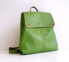 Conika Collection www.fungo-artigiano.gr #leather #backpack #fungoartigiano #handmade #green
