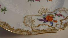 Antiguidade-Meissen-9-5-034-Em-Alto-Relevo-Recortada-Floral-Pintado-A-Mao-Dourado-Bordas-Placa-Muito