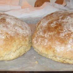 Bread Baking, Bread Recipes, Food And Drink, Easy, Hamburgers, White Bread, Baking, Burgers, Hamburger