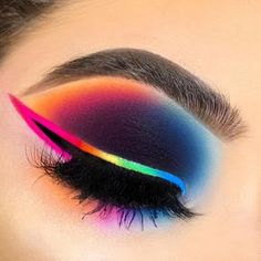 Edgy Makeup, Baddie Makeup, Makeup Eye Looks, Eye Makeup Art, Beautiful Eye Makeup, Crazy Makeup, Eyeshadow Makeup, Cute Eyeshadow Looks, Eyeshadow Ideas